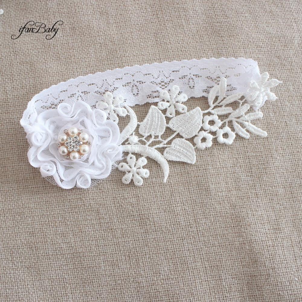 Fashion Swirl shabby flower wedding Garter , Women's Garter ,customizable, bridal lace garter , Rhinestones center