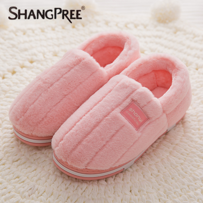 New women slippers High Quality plush Solid Flat Cotton Slippers Winter Plush Warm Home Slippers Women Slippers Size 35-46 2017 new autumn winter women slippers genuine leather high quality rabbit hair fashion slippers flat home slider warm fluff 8 40