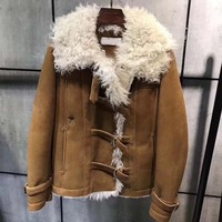 Fashion manteau femme hiver 2018 leather with sheep fur coat embroidery bee autumn winter female jacket casual winter outfit