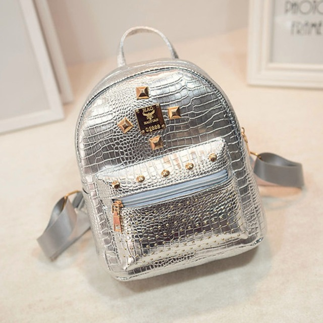 Rivet School Bags Student Feminine Backpack Youth Crocodile PU Leather Small Mochilas for Girls Silver Women Travel backpack