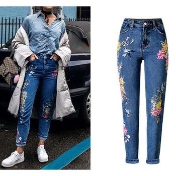 c931e48bbeb Nueva ropa de moda mujer pantalones vaqueros rectos pantalones vaqueros  largos flores 3D bordado de cintura alta señoras pantalones vaqueros Legging