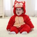 2015 venda Quente a roupa do bebê inverno novo forro de flanela de algodão acolchoado footies roupa do bebê dos desenhos animados de animais