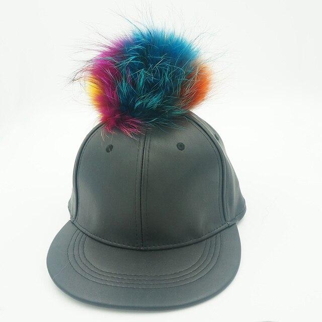 Искусственной кожи кости с мех енота помпон регулируемый сплошной цвет Snapback шляпы спорт на открытом воздухе Cap
