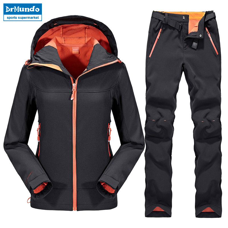 Outdoor Female Hiking Soft Shell Jacket suits with soft shell fleece pant Sport Waterproof Breathable Warm Fleece Rain Jacket outdoor hiking soft shell jacket male hiking suits soft shell fleece pant sport waterproof breathable warm fleece rain jacket