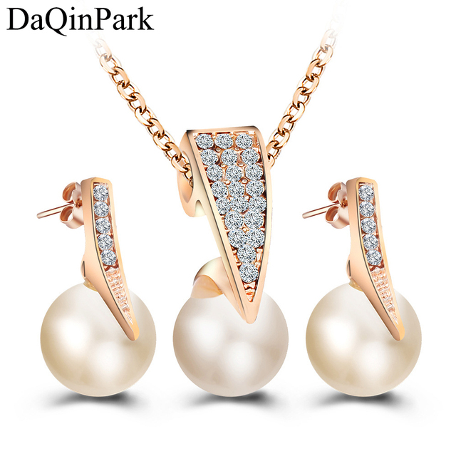 fcfce59c8a Fashion Imitation Pearl Jewelry Sets Rhinestone Gold Color Necklace Sets  for Women Bridal Wedding Party Water Drop Earrings