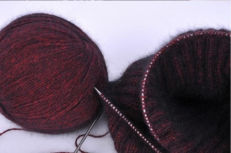 Clearance velvet mink balls Warm soft Cashmere yarn Hand-knitted for Knitting Baby Scarf yarn black color