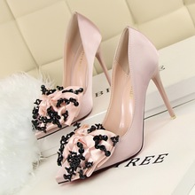 Free shipping fashion point toe silk pumps women Sequined bow shoes heels10cm