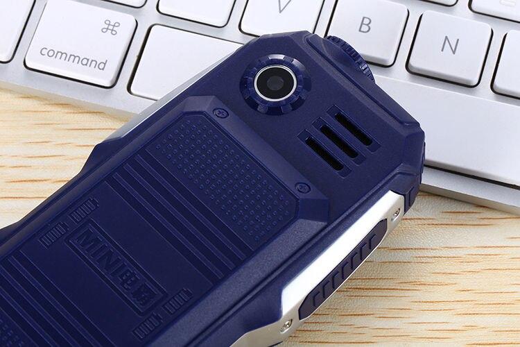 1,7 дюймов дешевые прочные мобильные телефоны с двумя sim-картами Китай GSM FM радио фонарь кнопочный мобильный телефон русская клавиатура Сотовые телефоны S8