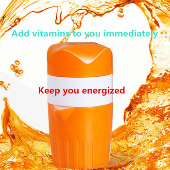 Hand Press Mini Juicer Citrus Orange Fruit Scrub Plastic Juice Cup Kettle Vitamin Supplement Travel Sports Bottle