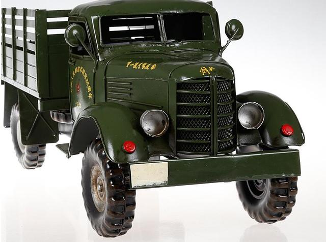 1 pcs 19.5 polegadas feitas à mão modelo de caminhão tanque de metal modelo de caminhão do exército de Libertação de 22.25 polegada para a mesa do convés.