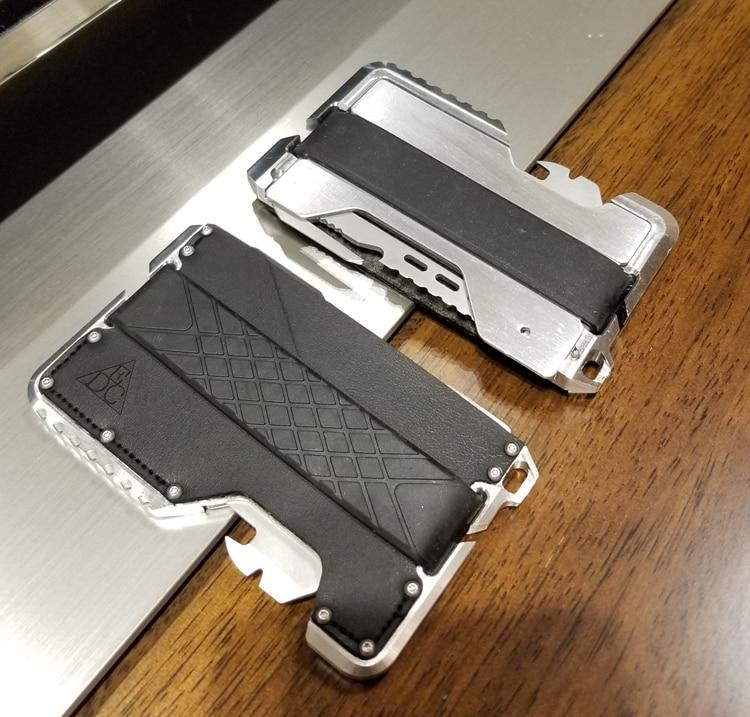 cfb58ca7740 Metalen Clip EDC Portemonnee Tactische multifunctionele Portemonnee Kaart  Pakket Leger Fans Apparatuur in Metalen Clip EDC Portemonnee Tactische ...