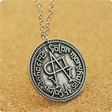 2017 Song of Ice and Fire Game of Thrones coin faceless men Women Targaryen pendants necklaces fashion movie Surrounding jewelry(China)