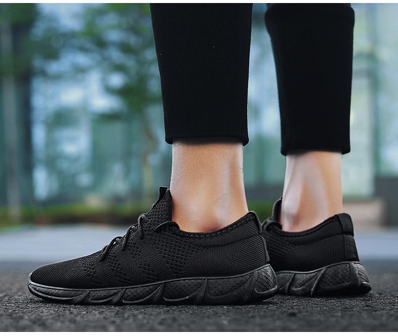 Großhandel Leichte Sommer Outdoor Sports Schuhe Männer Turnschuhe Bequeme Weiße Jogging Mesh Tennis Schnürschuhe Rennen Laufschuhe Männer Wohnungen