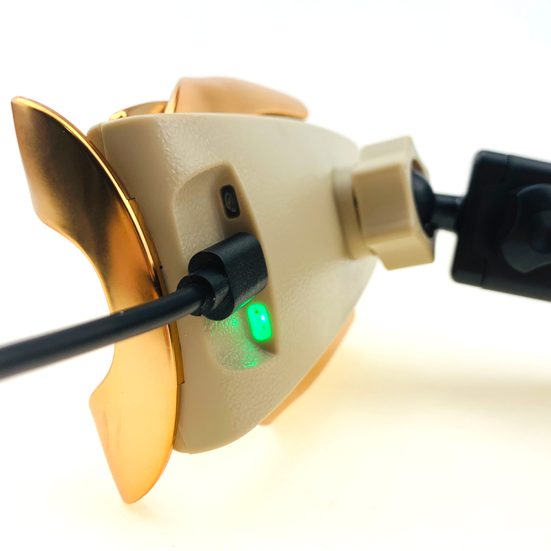 For-10W-qi-wireless-car-charger-gold-1