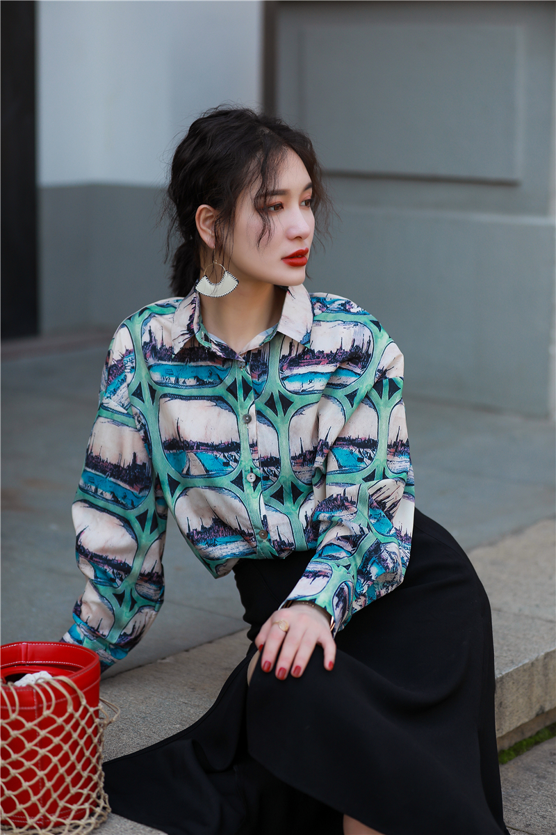 2018 Hawaii Style Streetwear Scenery Print Loose Women Blouse Shirts Feminine Vintage Turn Down Collar Long Sleeve Blusas Tops