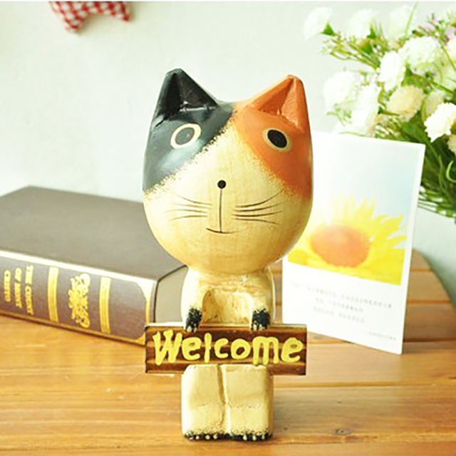 1Pieces Wood Welcome Cat Miniature Toys Kids Child Animals Model Birthday Gift Dollhouse Furniture Top Room Wedding Decoration