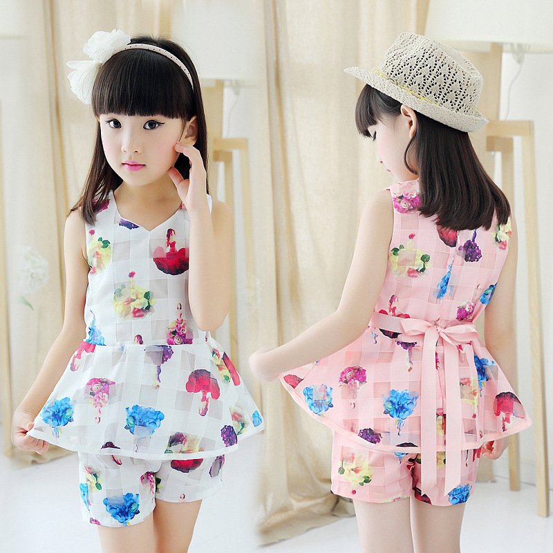 Baby girls clothes 2017 summer floral print short pants T shirt two pieces children clothing set 4~12 T kids clothes tracksuit childrendlor baby brocade floral print