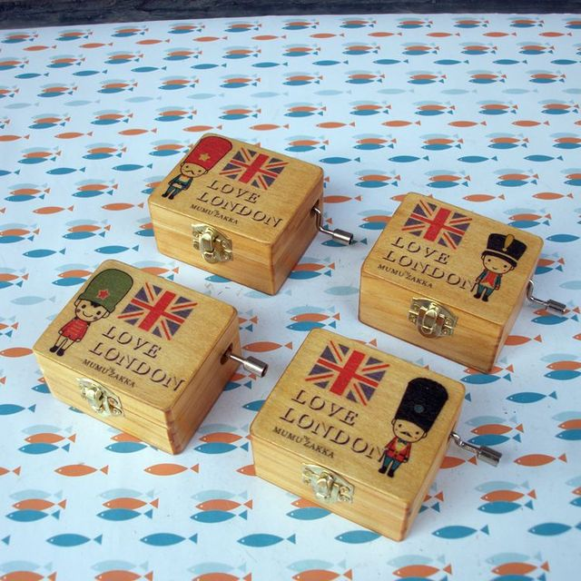 High Quality Painted Nutcracker Hand Crank Music Box Small