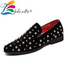 Rivet Black Men Loafers Flock Italian Men Shoes Casual Wedding Party Shoes Men's Flats Luxury Brand Slip on Loafers Men Footwear цена 2017