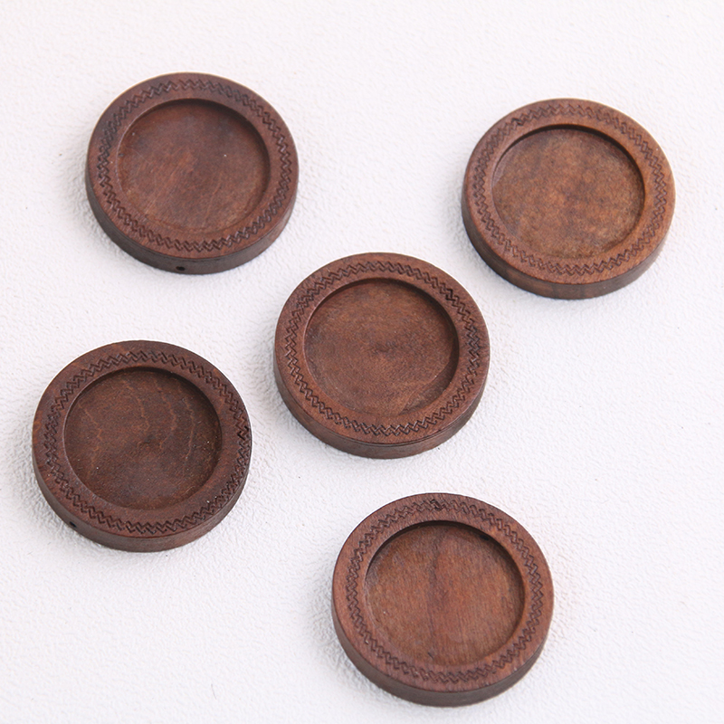 Cabochon settings for 16mm cabs pack of 20 antique gold UK seller A178