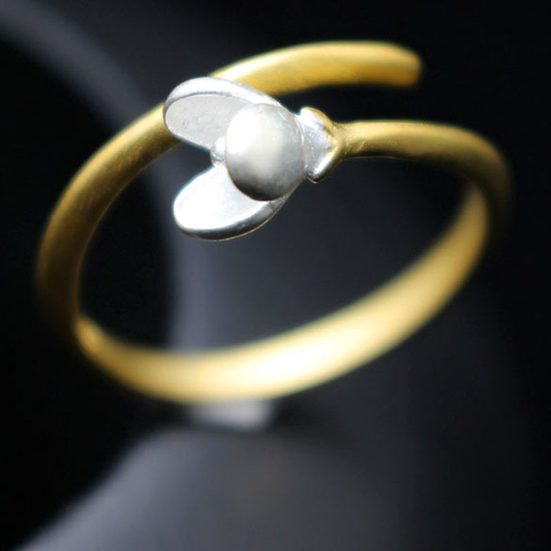 White magnolia golden color stereoscopic flower open ring size adjustable