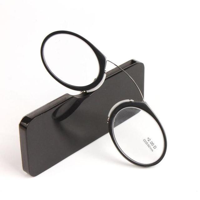 65453cdfb81 Titanium Mini Reading Glasses Fashion Clip Nose Round Optical Glasses With  Box Wallet Eyewear Glass For Men C4