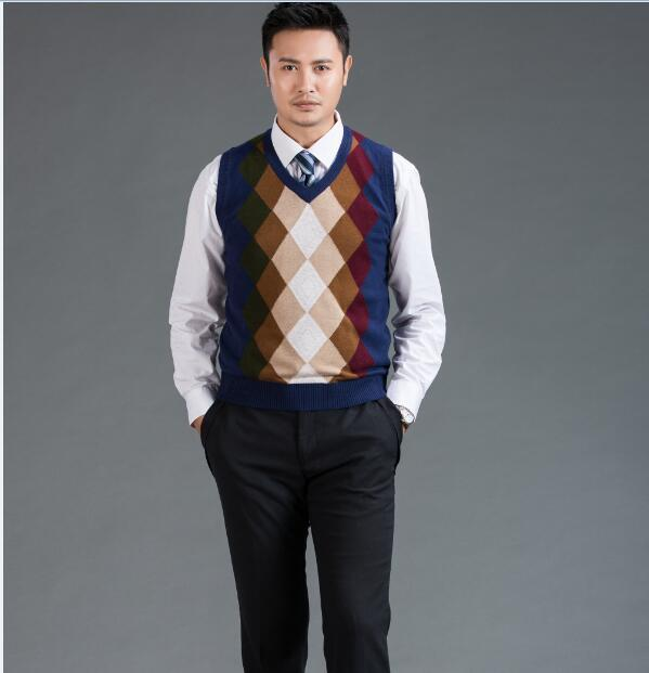 2016 Autumn and winter geometric patterns Men's V-neck sweater vest Men's plaid sleeveless cashmere sweater pullover