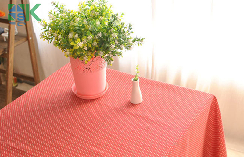 Лето 2016 Новый год в горошек Модные Ретро журнальный столик покрытый Красной ткани, Freee Доставка
