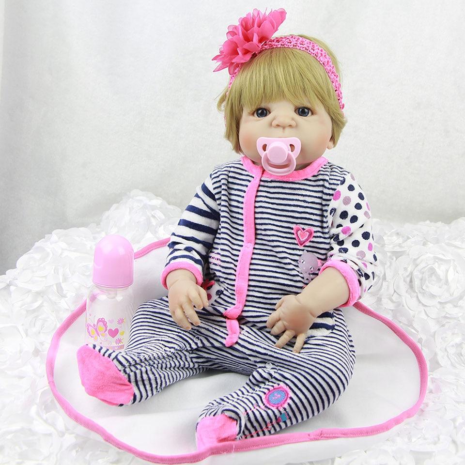 23 ''realistische Russische Reborn baby's Full Body Siliconen Vinyl Babypoppen Speelgoed Goud haar Reborn Boneca met Giraffe Kids speelkameraadjes-in Poppen van Speelgoed & Hobbies op  Groep 3
