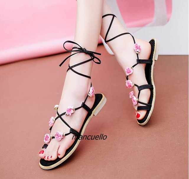 d7389693b8239 Concise Design Black PU Leather Clip Toe Gladiator Sandals Pink Flowers  Decorated Ankle Lace Up Flat