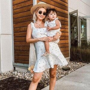 Image 3 - PPXX Familie Passenden Kleidung Mutter Tochter Kleid Polk Dot Mom Mädchen Kinder Familie Spiel Outfit Baby Mädchen Kleider Vestidos