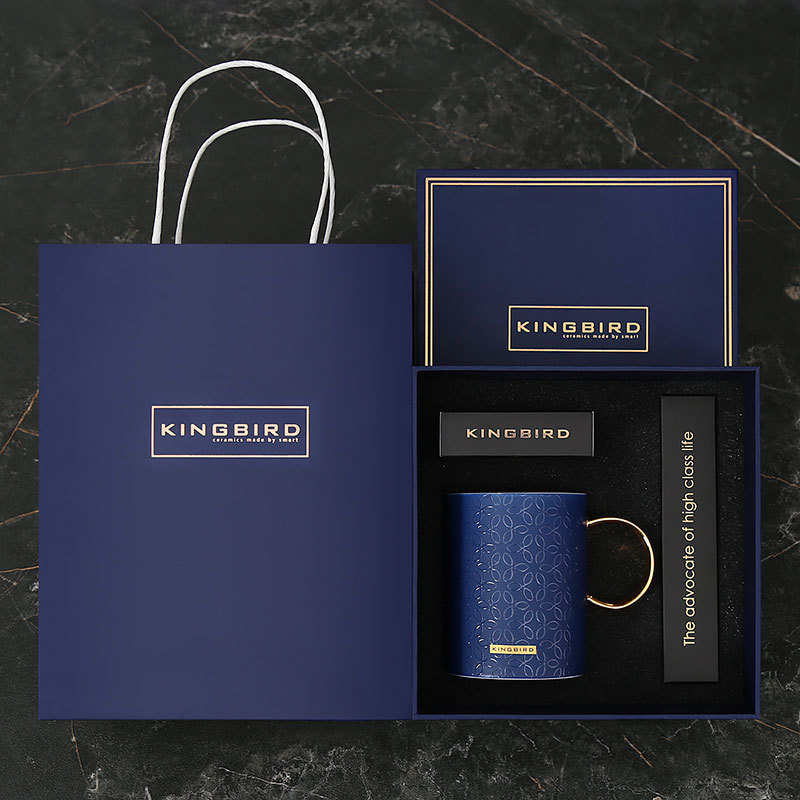 450ml Geometry Embossing Process C-shaped Gold Handle With Lid Spoon Exquisite Gift Box Set Tote Bag Ceramic Coffee Mug Tea Cup 450ml Geometry Embossing Process C-shaped Gold Handle With Lid Spoon Exquisite Gift Box Set Tote Bag Ceramic Coffee Mug Tea Cup
