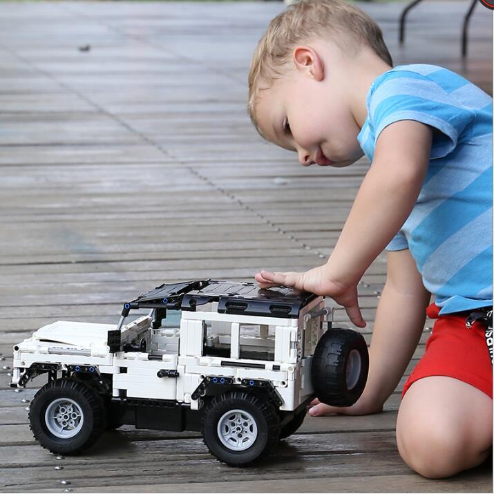 533 stücke Technik Series RC Racing Auto Bausteine SUV Modell Ziegel Spielzeug Elektrische Motor Power Funktion Bluding Blöcke Ziegel-in Sperren aus Spielzeug und Hobbys bei  Gruppe 2