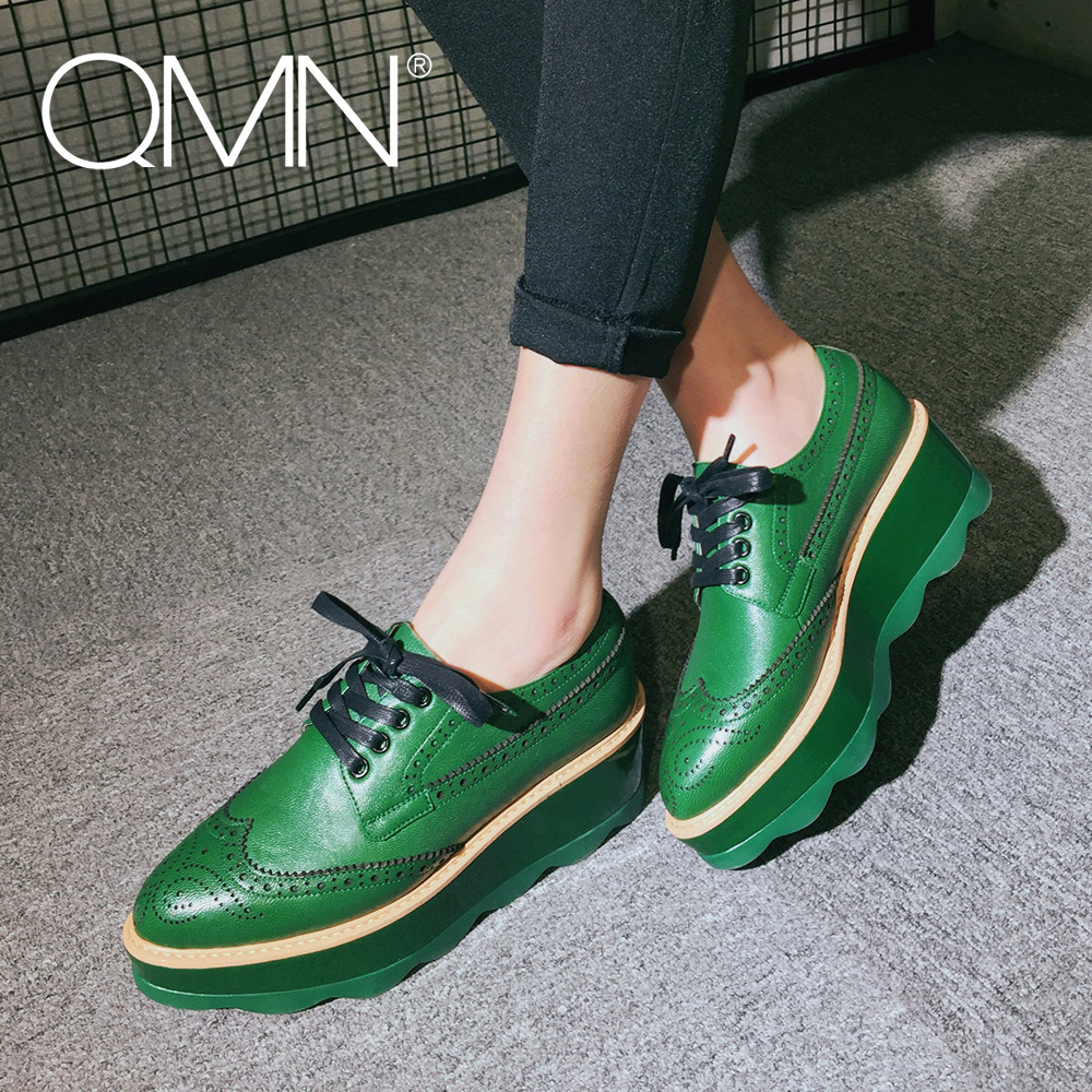 ФОТО QMN women laser cut textured leather platform brogue shoes Women Pointed Toe Oxfords Casual Shoes Woman Sheepskin Flats