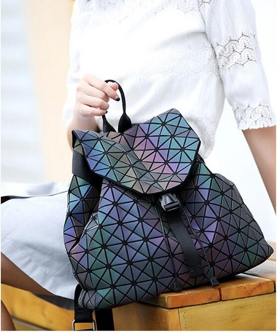Biseafairy Luminous Backpack Diamond Lattice Bag Travel Geometric Women Fashion Bag Teenage Girl School Noctilucent Backpack 6