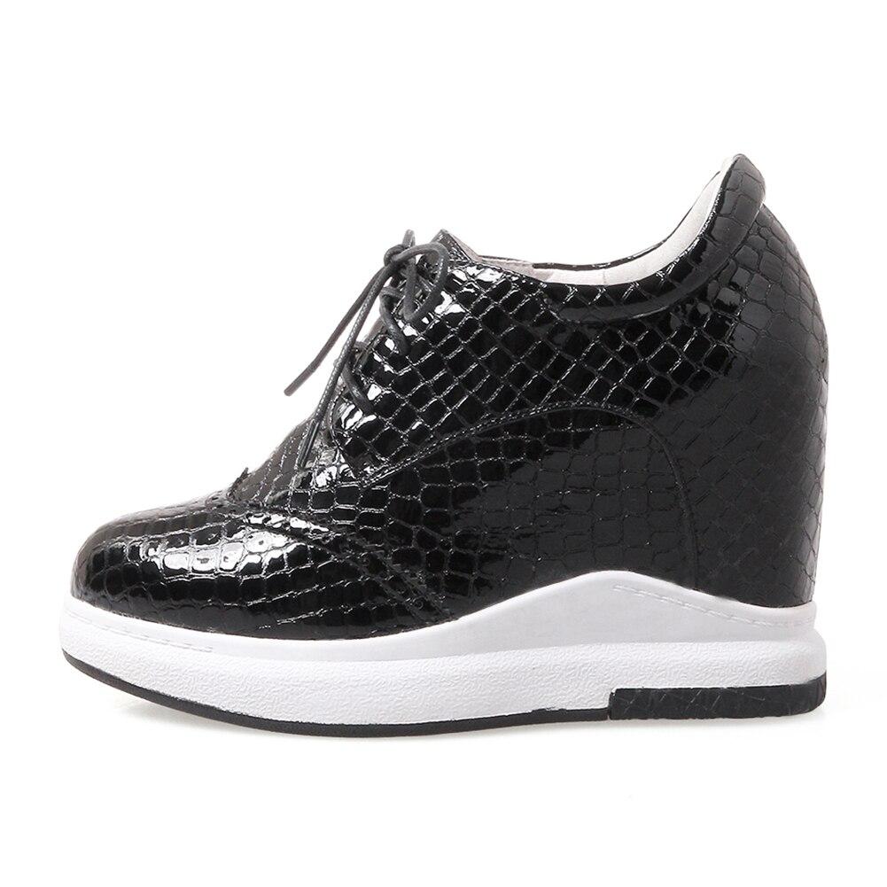 DORATASIA 2019 jesień nowy sztukateria trampki kobiety prawdziwej skóry sznurowane buty na koturnie kobieta wysokość zwiększenie rozmiar 31 40 w Damskie buty typu flats od Buty na  Grupa 2
