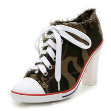 Women Pumps Fashion Rivets Square Heels Shoes High Quality Spring Autumn Lady Comfortable Lace Up