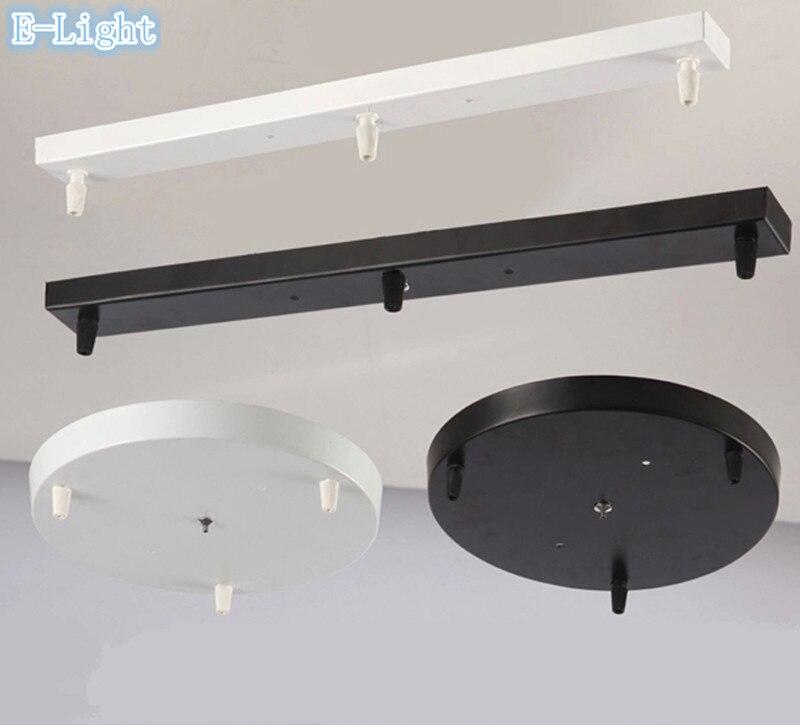 Eine weiße Lampen Variante wird durch die dunkle Einrichtung der Bar hervorgehoben