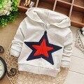 Envío gratis Nueva Primavera pentagrama chaqueta de punto para niños, baby boy camiseta, kid hoodies # Z950C
