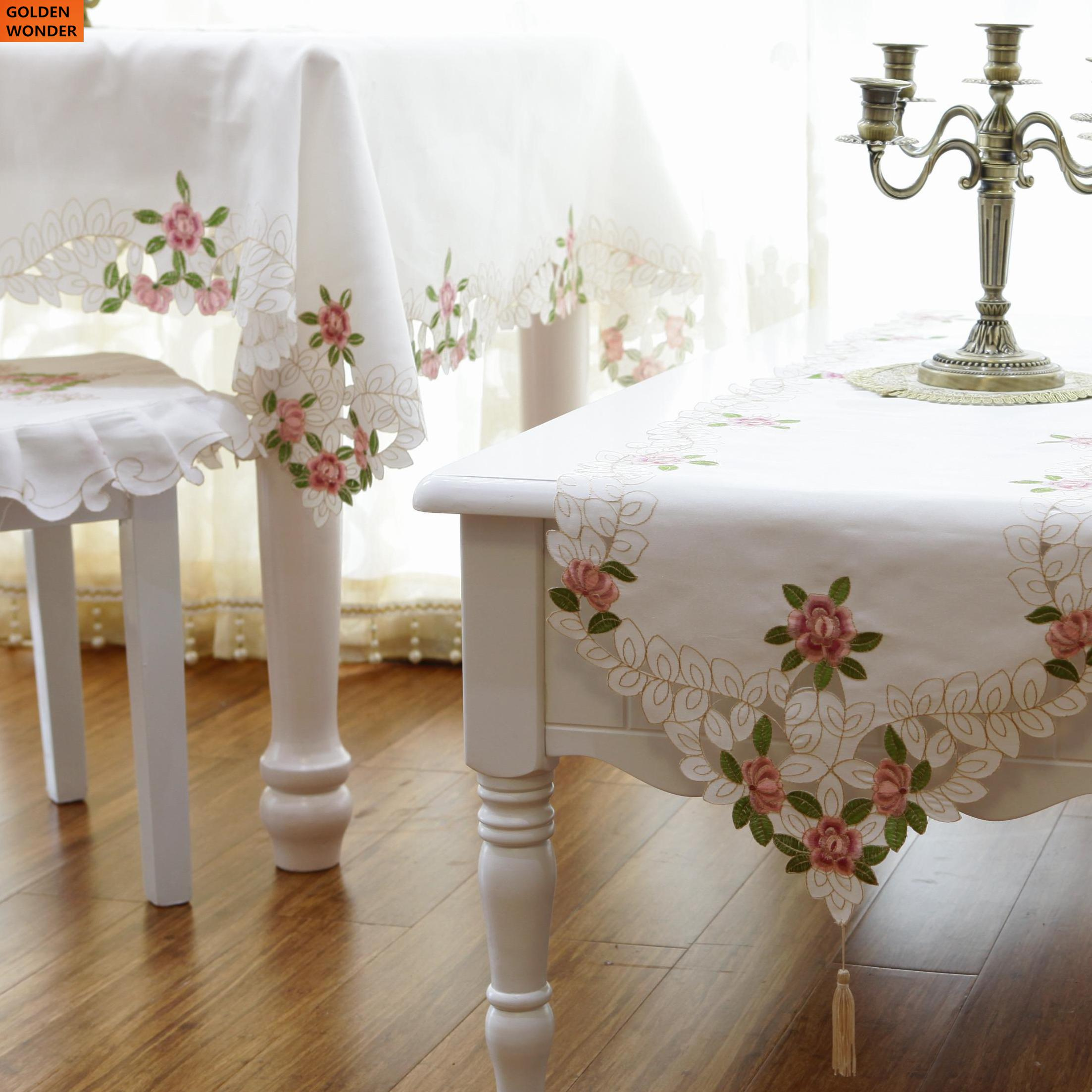 New Arrival Fashion Embroidery Tablecloth Table Runner