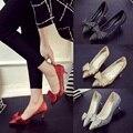 La primavera y el otoño nuevas mujeres tacones altos sexy en punta arco de plata de oro temperamento escoge los zapatos del banquete de tacón alto zapatos
