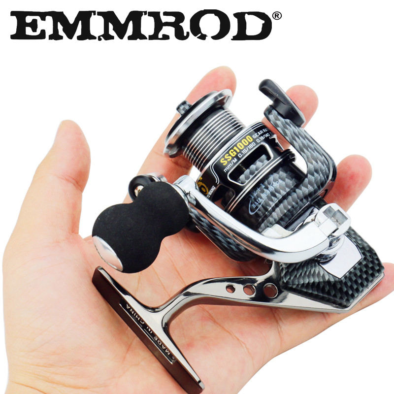 Nuevo Mini 1000 Fishing Reel 12 + 1 Balls Balls Pequeño Spinning Reel Barco Rock Fishing Wheel All-Metal Spinning Wheel