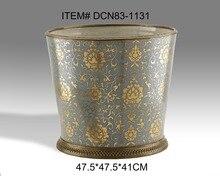 Antique Porcelain and Brass Decorative Flower Pot Ceramic Exquisite Art Ornament