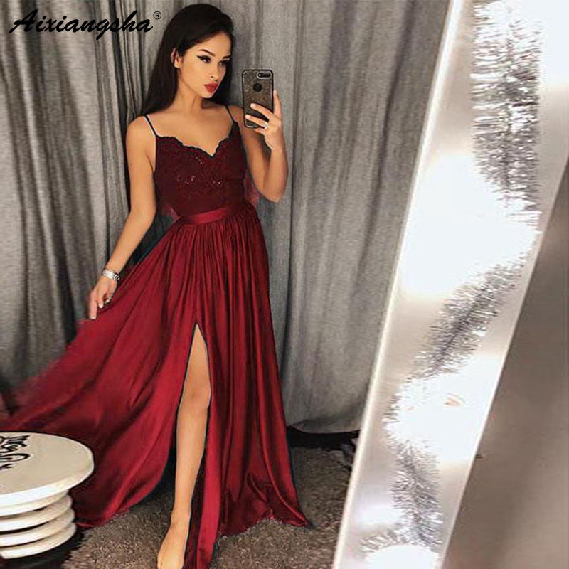 Latest Fashion Long Evening Gowns 2019 Spaghetti Straps V-Neckline Sleeveless Lace Bodice Prom Dresses With Split