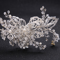 The new hot selling bride wedding decorations handmade rhinestone tiara comb white wedding dress bridal jewelry accessories