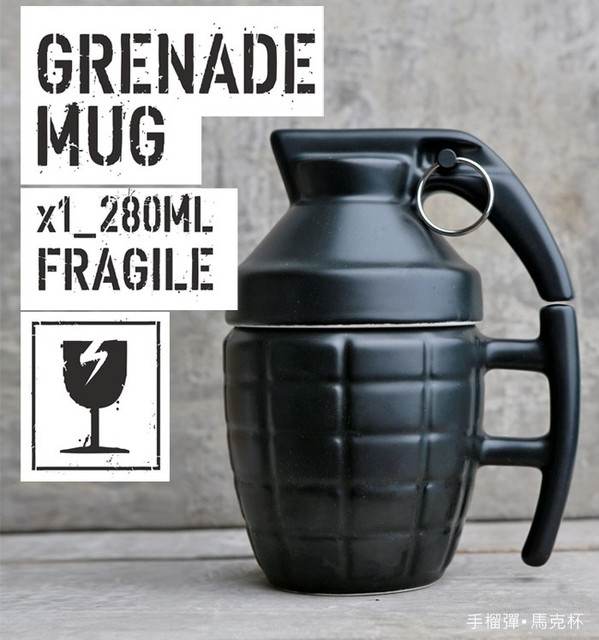 Official 2016hot sale Free Shipping Pineapple Hand Grenade Designed Ceramic Mug Cup Novelty Grenade Tea Cup for birthday gift