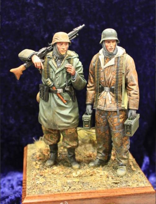 1:16 Resin Figures Soldiers  (2pcs/lot) Model Kit  Unpainted