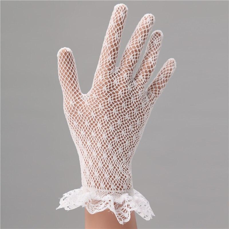 In Stock Elegant White Lace Wedding Accessories Gloves Short Finger Wrist Bride Luva De Noiva 2018 Bridal From Weddings Events On