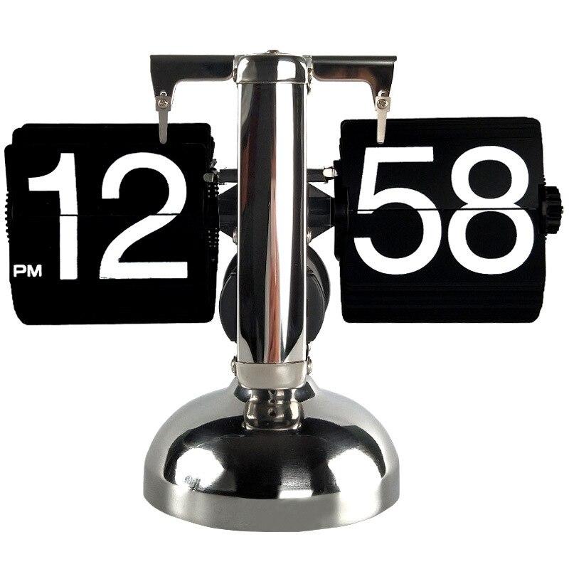 Rétro petite échelle horloge de table Flip page horloges de bureau en acier inoxydable tour interne quartz engrenage horloge de bureau artisanat mx5211345