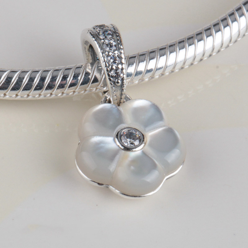 Jewelry & Watches Pandora Lumious Floral Ring And Pendant